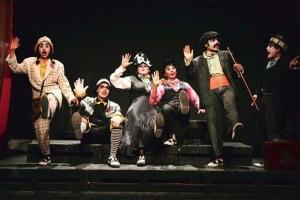 Hamlet-The-Clown-Prince