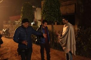 Hansal Mehta directing his actors in 'Aligarh'