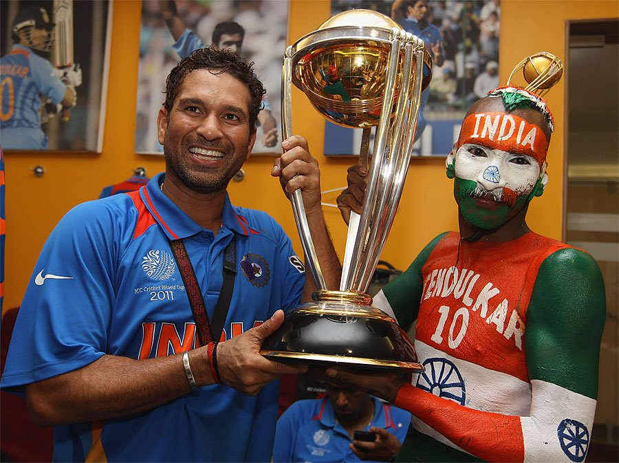 Superfan Sudhir Kumar with his hero Sachin Tendulkar