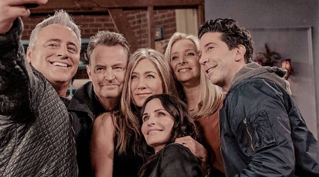 Friends and Fandom: A case of polarity